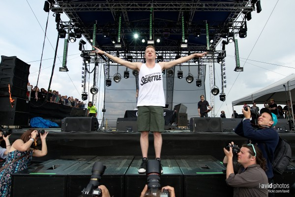 Macklemore-Ryan-Lewis-perform-at-Sasquatch